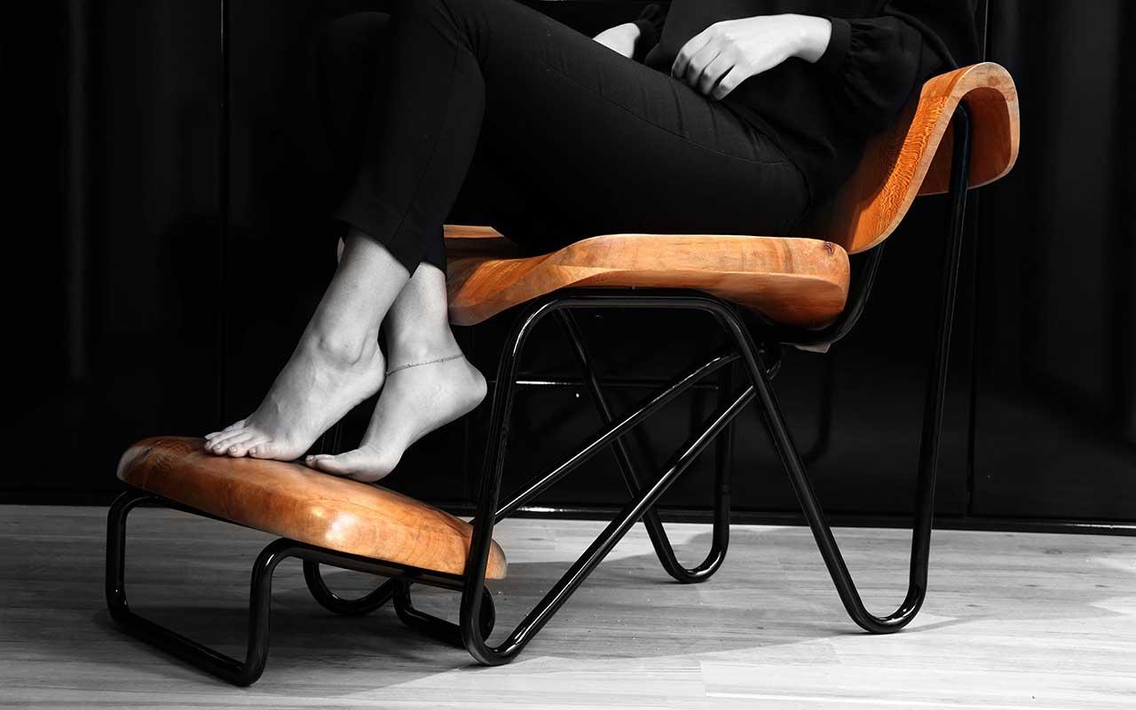 hamoun art gallery chair